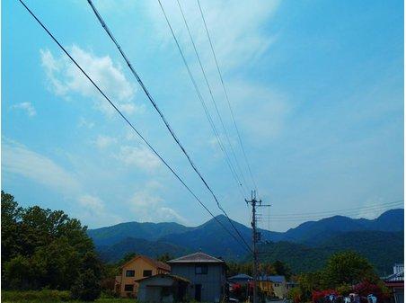 現地からの眺望。「住戸から比良山系を望む」