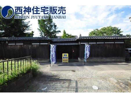 中村 4660万円 交通は、JR「上山駅」まで徒歩約10分の好立地となっております。通勤・通学に便利です!現地(2021年8月30日)撮影