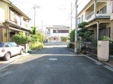 舟田町(大和田駅) 2880万円 前面道路が広いのでお車の駐車もストレスフリーです♪