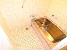 日下町1(石切駅) 1100万円 ゆっくり足を伸ばして入浴できます
