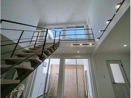 牧野本町2(牧野駅) 3580万円 室内(11月19日)撮影 ストリップ階段完成しました