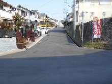 多井畑東町(妙法寺駅) 2300万円 幅員約6メートル公道