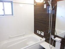 ミストカワック付きの多機能な浴室。ミストサウナ、浴室乾燥、暖房と、多機能です。(Ⅰ期25号地)