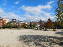 伊加賀栄町(枚方公園駅) 700万円 町内の児童公園まで400m