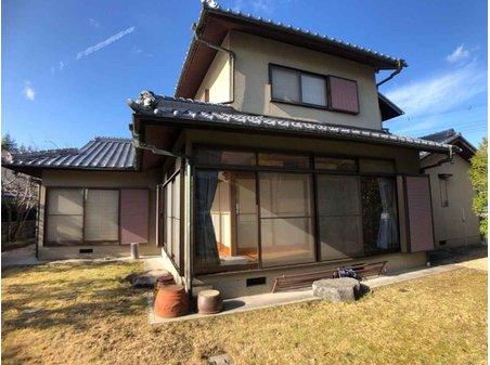 鳴子2(西鈴蘭台駅) 4800万円 こだわりのヒノキ造り。純和風のお家です。南側には広いお庭があります。