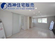 南野添3(播磨町駅) 2480万円 LDKは2階にございます。約19.2帖の広さがあり東西南北の4面からの採光がございます。現地(2021年7月11日)撮影