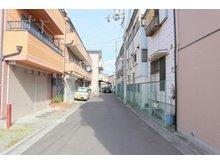 五月田町(古川橋駅) 2250万円 前面道路はスッキリ4.7mです♪