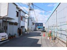 岸和田3(住道駅) 730万円 前面道路はゆったり6mの公道です♪