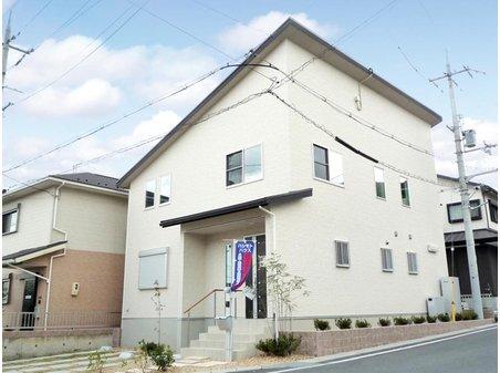 ◆制震装置MIRAIE搭載の地震に強い家◆  太陽光発電10kw超搭載!エネファームとのW発電でエコで賢い暮らしを実現。 (7号地)