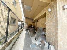 サンフローラ板宿 専用スペースに駐車が可能(サイズ制限有)