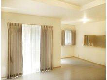 大津市 大石中グリーンタウン 【一戸建て】 (36号地) プロが選んだ大塚家具のカーテンをプレゼント!専属のコーディネーターが、一邸ずつ住まいに合わせてカーテンをセレクトしています。