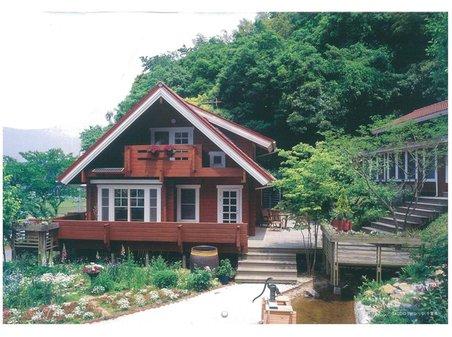 建物プラン例、土地価格250万円、土地面積306.96㎡、建物価格1660万円、建物面積100㎡推奨プラン:木造スレート葺2階建