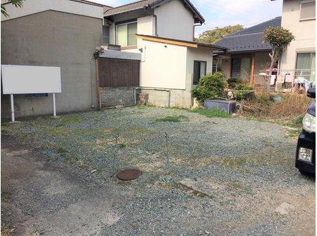 松崎町 198万円 狭小地です。居住用宅地や駐車場用地・物置・倉庫など現況を活かした利用方法を現地で確認しましょう