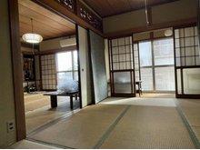 長府豊城町 1100万円 畳の上でゆっくりとくつろげる和室です