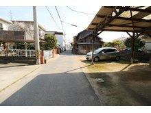 今津町5 1820万円 交通量の少ない前面道路。 閑静な住宅地です♪