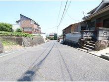 久松台3 2730万円 約5.9mの広々前面道路♪ 陽当たりも良好です!