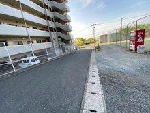 二丈福井(福吉駅) 4500万円 全面道路は舗装されています。