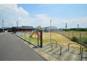 【セルコホーム】姶良平松 クイーンアン・スタイル モデルハウス 【一戸建て】 分譲地内には公園もあります!